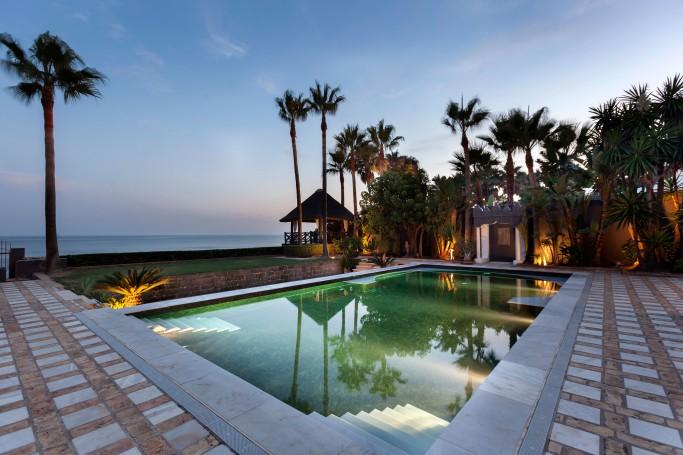 Villa, ref: 631 for sale in Los Monteros Playa, Marbella East