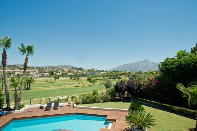 Villa, ref: 72 for sale in Los Naranjos Golf, Marbella West