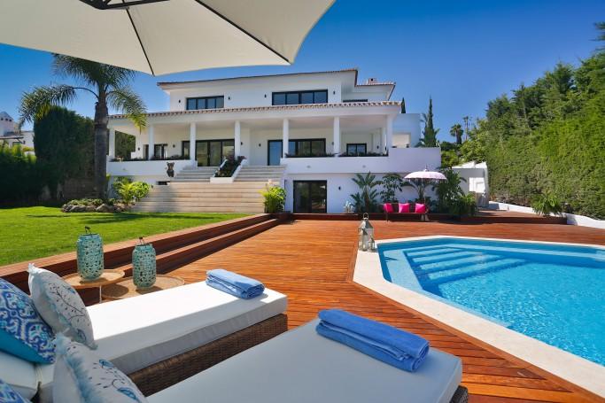 Villa, ref: 76 for sale in Los Naranjos, Marbella West