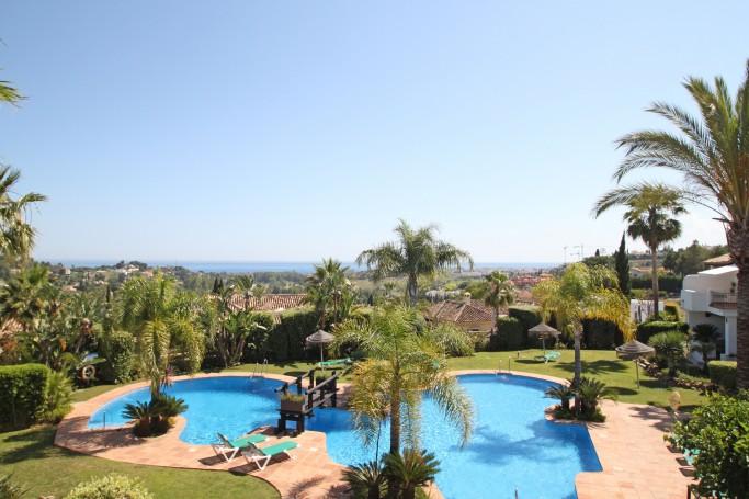 Adosada, ref: 278 en venta en Mirador del Paraíso, Marbella Oeste