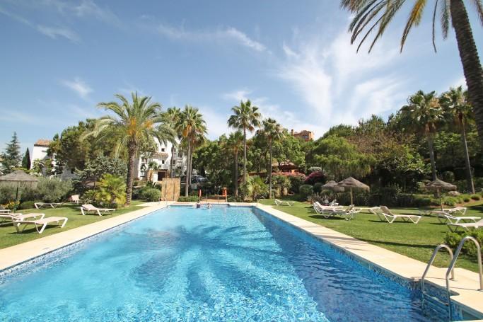 Apartamento, ref: 314 en venta en La Quinta, Marbella Oeste