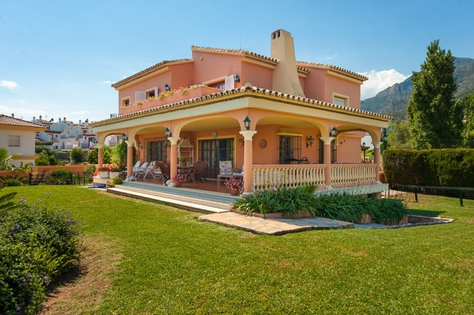 Villa, ref: 324 for sale in Don Miguel, Marbella East