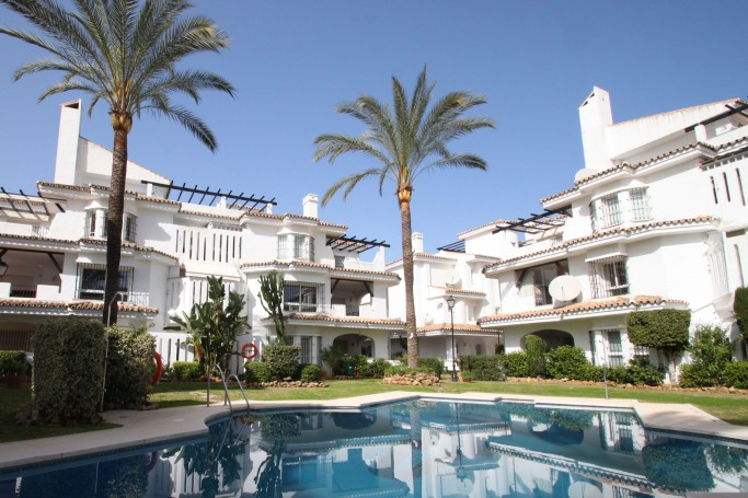 Townhouse, ref: 344 for sale in Los Naranjos de Marbella, Marbella West