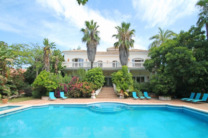 Villa, ref: 850 for sale in El Vicario, Marbella Golden Mile