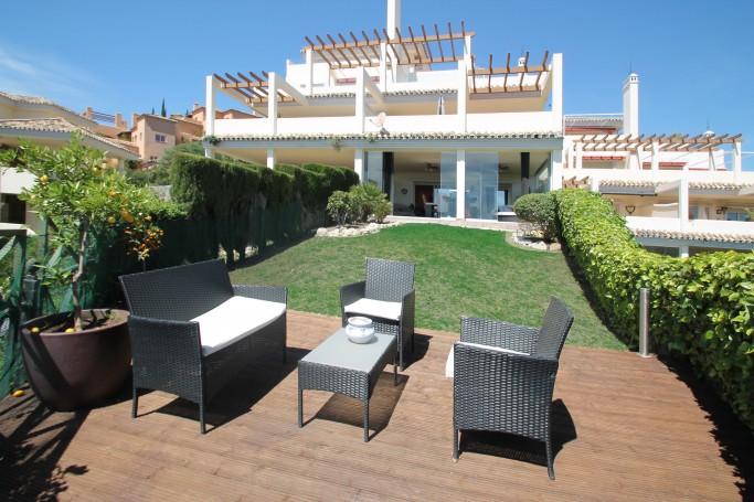 Apartment, ref: 277 for sale in La Cerquilla, Marbella West