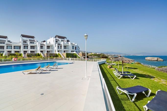Apartamento, ref: 561 en venta en Casares Playa, Marbella Oeste