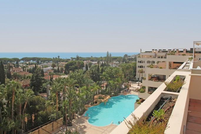 Apartment, ref: 705 for sale in Golden Mile, Marbella Golden Mile
