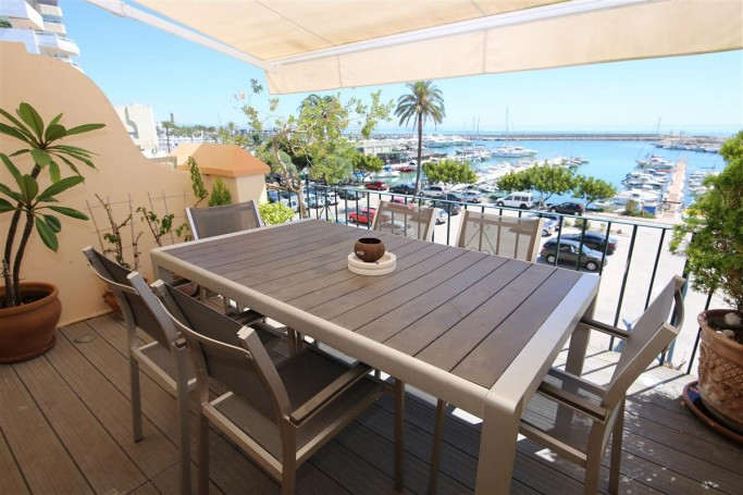 Townhouse, ref: 722 for sale in Estepona town, Marbella West