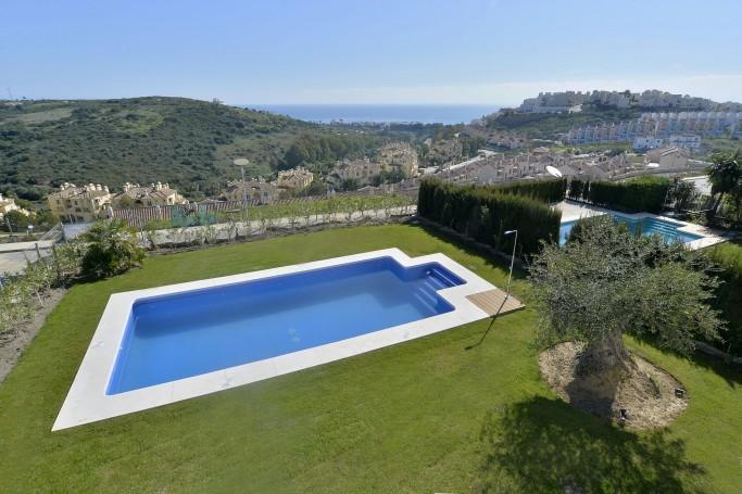 Villa, ref: 544 en venta en Casares, Marbella Oeste