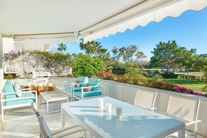 Apartamento, ref: 707 en venta en Los Granados Golf, Marbella Oeste