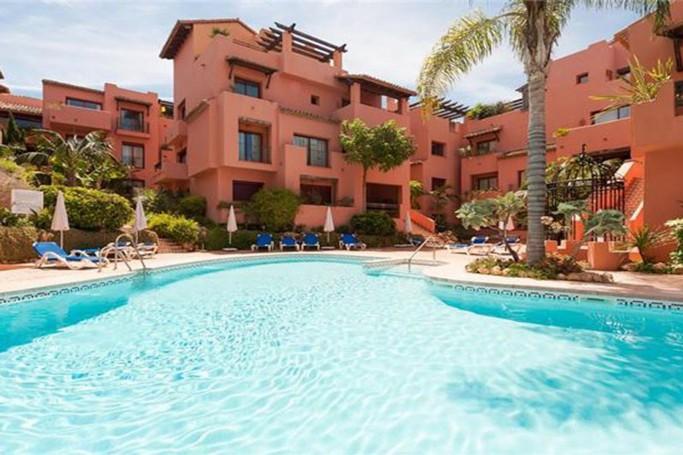 Apartment, ref: 781 for sale in Elviria, Marbella East