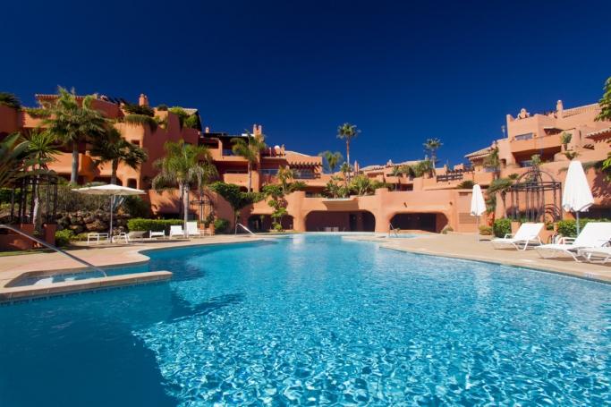 Apartamento, ref: 346 en venta en Los Monteros beach, Marbella Este