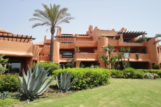 Apartamento, ref: 345 en venta en Los Monteros beach, Marbella Este