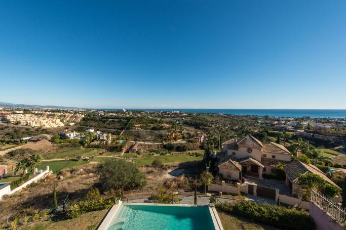 Villa, ref: 164 for sale in Los Flamingos, Marbella West