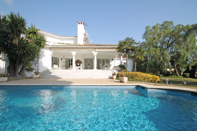 Villa, ref: 712 for sale in Cortijo Nagüeles, Marbella Golden Mile