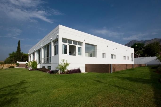 Villa, ref: 709 for sale in El Mirador, Marbella East