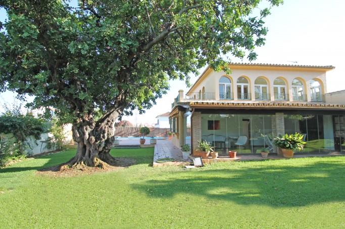 Villa, ref: 794 for sale in El Mirador, Marbella East