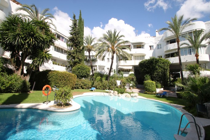 Apartment, ref: 201 for sale in Marbella Real, Marbella Golden Mile