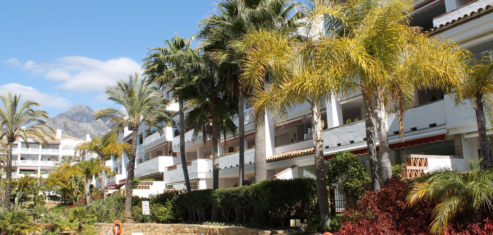 Beachfront West facing two bedroom apartment on Marbella's Golden Mile