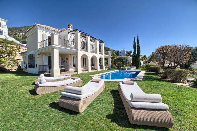 Villa, ref: 985 for sale in Sierra Blanca Country Club, Marbella Green Mile
