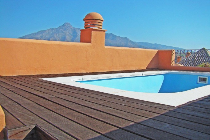 Apartamento, ref: 525 en venta en Walking distance to Banus, Marbella Oeste