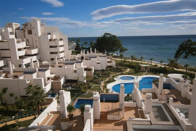 Apartment, ref: 610 for sale in Estepona beach, Marbella West