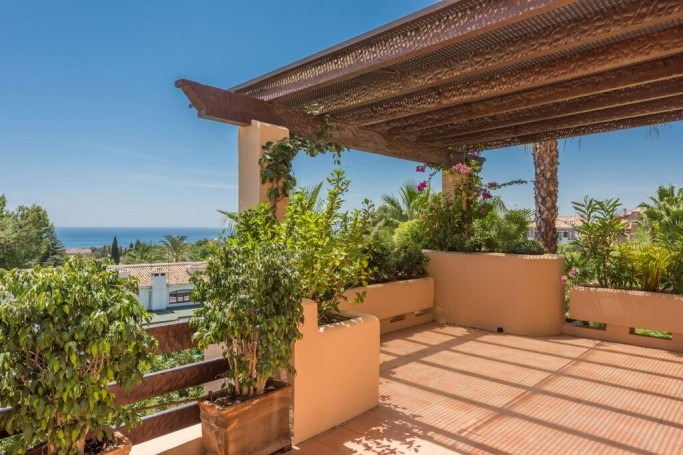 Apartment, ref: 420 for sale in Mansion Club, Marbella Golden Mile