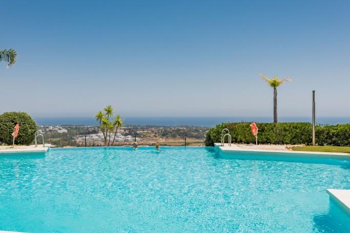 Apartamento, ref: 624 en venta en La Alqueria, Marbella Oeste