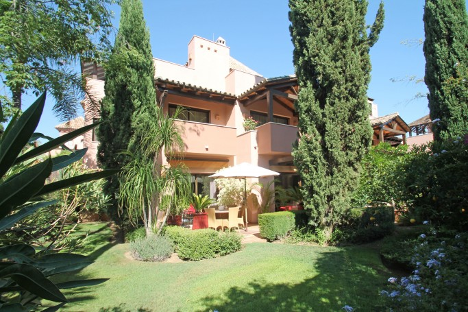 Villa, ref: 575 for sale in Cascada de Camojan, Marbella Golden Mile