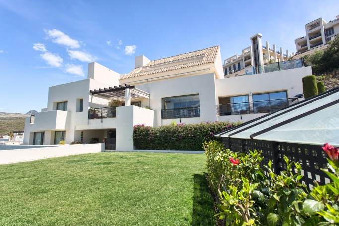 Apartment, ref: 686 for sale in Los Flamingos, Marbella West