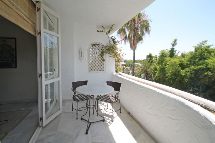 Apartment, ref: 636 for sale in Marbella Real, Marbella Golden Mile