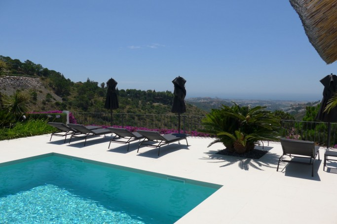 Villa, ref: 503 for sale in El Madroñal, Marbella West