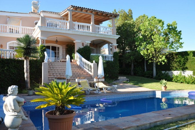 Villa, ref: 509 for sale in El Paraíso, Marbella West