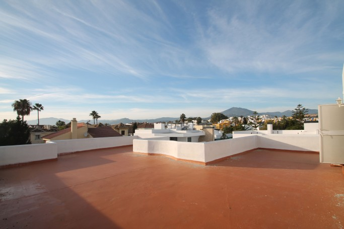 Villa, ref: 1009 for sale in Rodeo Alto, Marbella West