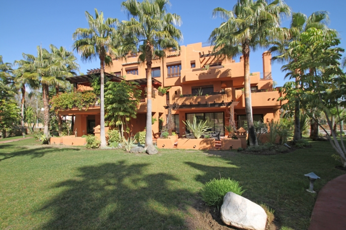 Apartment, ref: 523 for sale in Walking distance to Banus, Marbella West