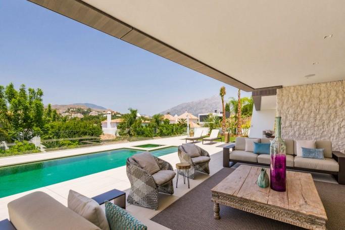 Villa, ref: 984 en venta en Los Naranjos Golf, Marbella Oeste