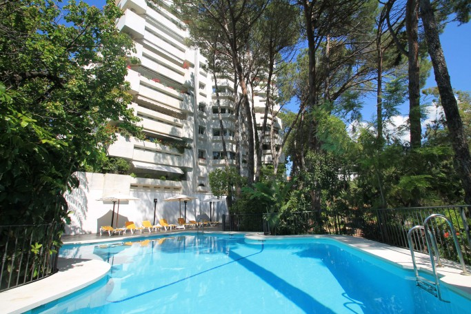 Apartment, ref: 1071 for sale in Jardin del Mediterráneo, Marbella Golden Mile