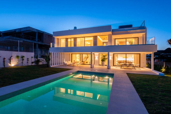 Villa, ref: 541 for sale in Cancelada, Marbella West