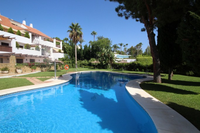 Apartment, ref: 1075 for sale in Coto Real, Marbella Golden Mile