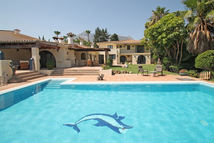 Villa, ref: 1059 for sale in Nagüeles, Marbella Golden Mile