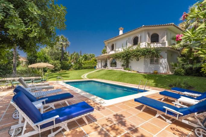 Villa, ref: 1005 for sale in Rocío de Nagüeles, Marbella Golden Mile