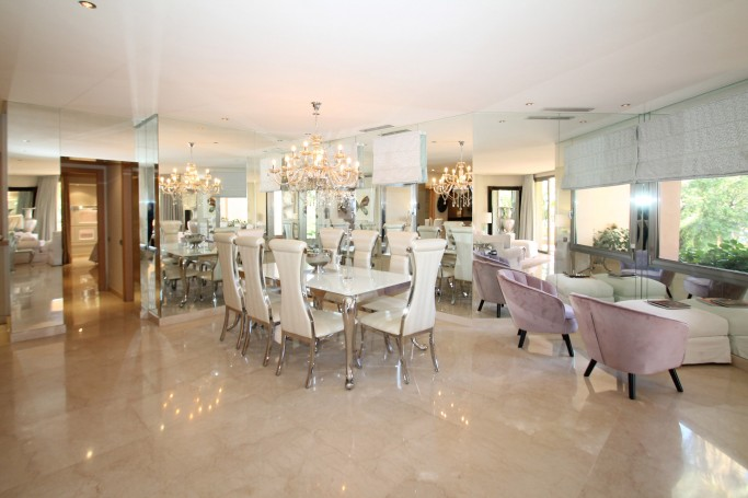 Apartment, ref: 1120 for sale in Mansion Club, Marbella Golden Mile