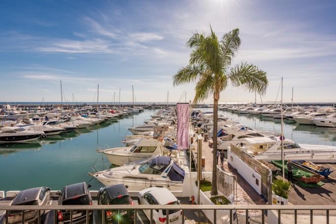 Apartment, ref: 1121 for sale in Puerto Banús, Marbella West