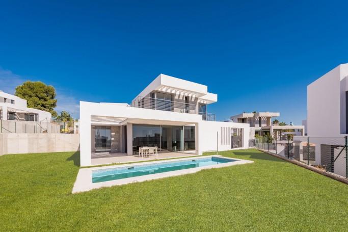 Villa, ref: 996 en venta en Cancelada, Marbella Oeste