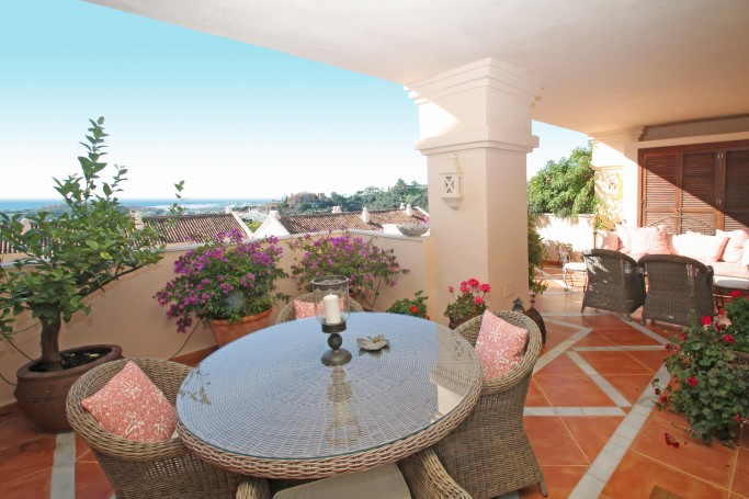 Apartment, ref: 1131 for sale in Albatross Hill Club, Marbella West