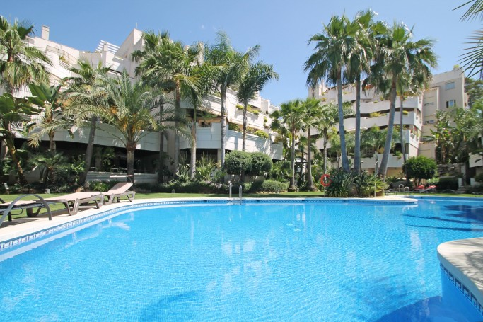 Apartment, ref: 93 for sale in Fuente Aloha, Marbella West