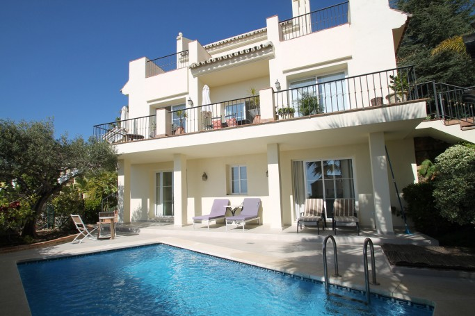 Villa, ref: 449 for sale in Sierra Blanca Country Club, Marbella Green Mile