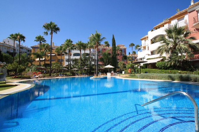 Apartment, ref: 1127 for sale in El Infantado, Marbella Golden Mile