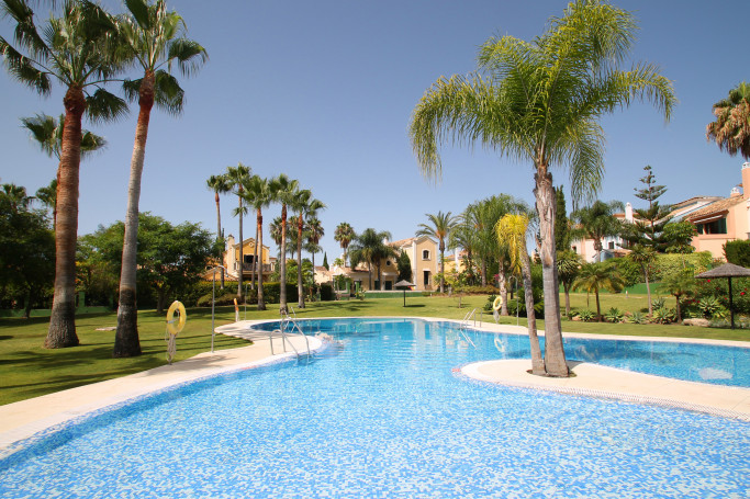 Townhouse, ref: 1170 for sale in Guadalmina Alta, Marbella West