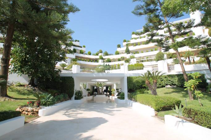 Apartamento, ref: 1176 en venta en Las Terrazas de Las Lomas, Marbella Milla de Oro